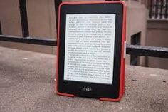 The best ebook reader becomes both bookstore and library Amazon Kindle, Microsoft, Literature, Facts, Reading, Phone, Tech, Tecnologia, Kids