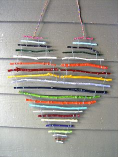 art for the cottage porch - painted sticks wired together and hung with electrical wire Make the most of the falling leaves with this collection of simple fall crafts for kids! Fall Crafts For Kids, Crafts To Do, Diy For Kids, Decor Crafts, Twig Crafts, Stick Crafts, Summer Crafts, Driftwood Crafts, Kids Nature Crafts