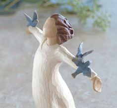 Willow Tree figurines- Happiness, Free to sing, laugh, dance... create!