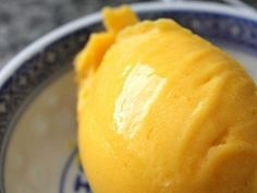 This simple gelato is perfect for the warmer summer nights coming and is a snap to throw together with your ripe summer mangoes! Mango Sorbet, Sorbet Ice Cream, Gelato Ice Cream, Ice Cream Desserts, Frozen Desserts, Ice Cream Recipes, Frozen Treats, Frozen Yogurt Popsicles, Frozen Yoghurt