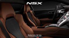 El interior combina la belleza con la funcionalidad en un ambiente creado para ayudar al conductor. #NSXenLeon #InspiradoEnTi #ADNAcura
