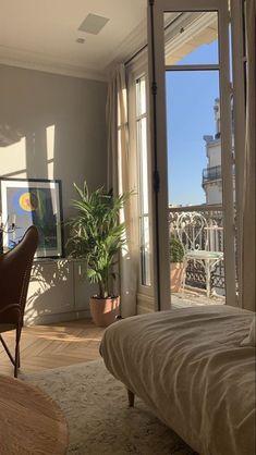 Future House, Room Ideas Bedroom, Bedroom Inspo, Bedroom Inspiration, Ikea Bedroom, Bedroom Decor, Bedroom Furniture, Paris Bedroom, Gothic Bedroom