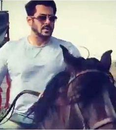 Salman Khan Photo, Movie Teaser, Big Big, Bollywood Actors, Amazing Art, Celebs, Number, Fan, Songs