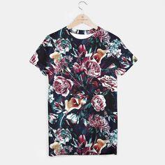 All Things Dark and Beautiful T-shirt by RIZA PEKER 29.95€