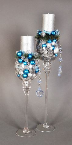 beautiful christmas ornaments – This christmas ideas tips was add at UTC by … Christmas Flowers, Christmas Candles, Blue Christmas, Beautiful Christmas, Winter Christmas, Christmas Home, Christmas Wreaths, Christmas Ornaments, Christmas Balls