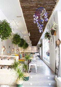 Un restaurante de aires étnicos en Chueca: el Boho Bar · Ethnic decor in Madrid: the Boho Bar
