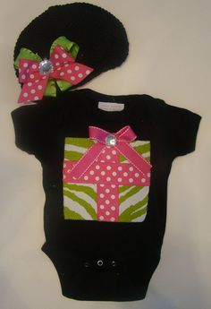 Christmas onesie by BabiesNBaubles on Etsy, $28.00