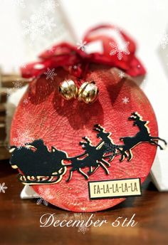 Academy of Scrapbooking and Arts. The academy is born to gather all scrapbookers worldwide in one big community. Calendar 2018, Advent Calendar, Christmas Bulbs, Holiday Decor, Christmas Light Bulbs
