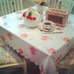 oilcloth cath and cath kidston roberts radio
