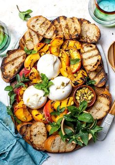 Grilled Peaches with Burrata, Honey, & Pistachios - Two Peas & Their Pod Summer Grilling Recipes, Barbecue Recipes, Summer Recipes, Summer Appetizer Recipes, Easter Recipes, Easter Food, Easter Brunch, Summer Appitizers, Healthy Bbq Recipes