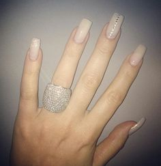 Luv the ring N nail design ♡