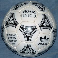 check out 4ce7c 119e4 Adidas Etrusco Unico, the official match ball of the 1990 FIFA World Cup in  Italy