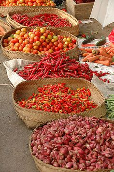 Market, Bali, Indonesia.  Photo: kcl_in_pdx, via Flickr