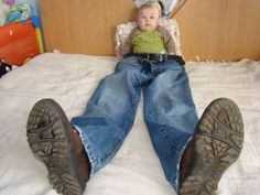 Baby Photo Idea--- putting -on - your -big-boy-- pants lol Funny Baby Photos, Monthly Baby Photos, Baby Girl Pictures, Newborn Baby Photos, Baby Poses, Baby Boy Photos, Newborn Pictures, Baby Boy Newborn, Funny Baby Photography