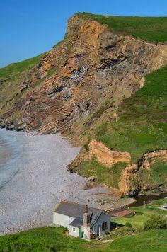 Millook, Cornwall, England - Neville Stanikk Photography