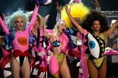Miley Cyrus drops new album