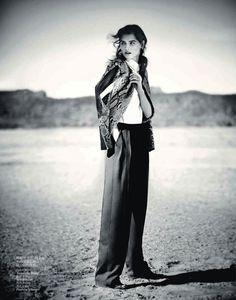 #KatlinAas #fashion #editorial by #BooGeorge for #VogueChina April 2013 #moda #photography #fotografía