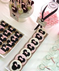 Minnie Mouse Theme: The Cookies