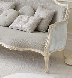 Venetian Style Soft Grey Designer Sofa Juliettes Interiors is part of Sofa design - Venetian Style Ivory Italian Sofa at Juliettes Interiors, a large collection of Classical Furniture Home Room Design, Living Room Designs, Living Room Decor, Bedroom Decor, French Furniture, Classic Furniture, Sofa Furniture, Sofa Design, Interior Design
