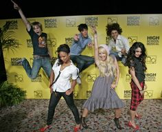 Lucas Grabeel, Monique Coleman, Zac Efron, Ashley Tisdale, Corbin Bleu & Vanessa Hudgens