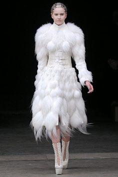 Alexander McQueen  #fashion #style