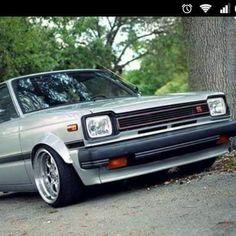 Toyota Starlet, Nissan 240sx, Toyota Cars, Japanese Cars, Sick, Classic Cars, Random, Cars, Autos