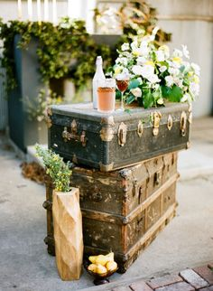 Vintage trunks: http://www.stylemepretty.com/little-black-book-blog/2015/05/06/colorfully-organic-glamper-wedding-inspiration/ | Photography: Carrie King - http://www.carriekingphoto.com/