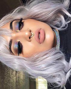 """HOLO EYESHADOW (@beholder.of.beauty) on Instagram: """"H o l o g r a p h i c VIBES⚡️ Brows Ka-brow 6 & Brow Zings 6 @benefitcosmetics #benefitclubpink…"""""""