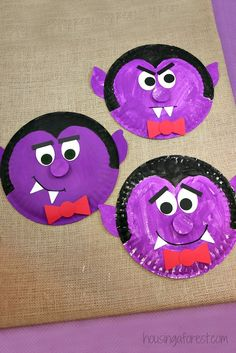 Paper Plate Dracula ~ Halloween Kids Craft                                                                                                                                                                                 More