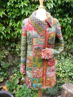 Ravelry: speedknitter's Flower Garden _ Gehaakt vest. Combination knit and crochet?