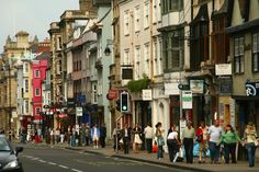 UK retail sales have decreased on a like-for-like basis, a report by the British Retail Consortium (BRC) has revealed. Retail News, Uk Retail, Oxford City, Interesting Reads, Countryside, The Best, Scenery, Places To Visit, Paisajes