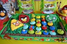Angry Birds Birthday Cake for  my grandson Mateo Salgado Sologuren, November/2012.