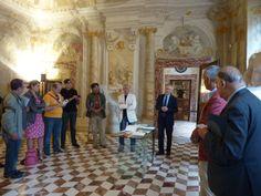 Il Direttore Generale e Fabio Mazzieri insieme agli autori dei Libri d'artista.