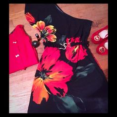 SALE. Bright Floral One Shoulder Dress Vacation time sexy one shoulder tunic dress, looks great with leggings and a crop sweater for year round use.  Has been worn and does show normal signs of wash and wear, but still looks amazing on.  Comes with belt. Dresses One Shoulder