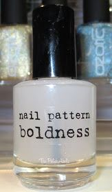 The PolishAholic: Nail Pattern Boldness Glitter Food Review!