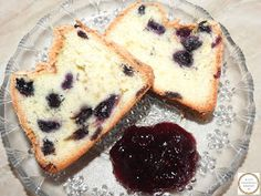 Chec cu afine si dulceata de fructe de padure Pancakes, Breakfast, Food, Morning Coffee, Crepes, Pancake, Meals, Yemek, Morning Breakfast