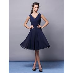 Lanting Knee-length Chiffon Bridesmaid Dress - Dark Navy Plus Sizes / Petite A-line V-neck - USD $ 69.99