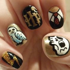 Harry potter nail art....I love them all except the skull I'd change it for a Snitch