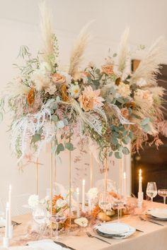 Boho Wedding Flowers, Boho Flowers, Floral Wedding, Tall Wedding Centerpieces, Wedding Flower Decorations, Treehouse Wedding, Bodas Boho Chic, Wedding Backdrop Design, Spring Wedding