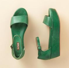 "Kelly Green ""flat form"" platform sandals by Gee Wa Wa"