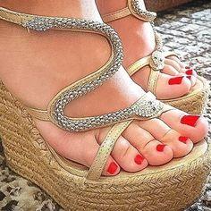 "feet pics on Twitter: ""https://t.co/Ix9H74T1Be"""