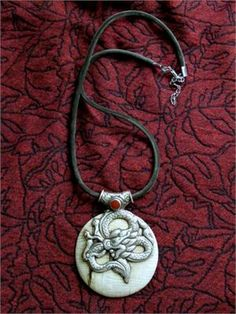 Tibetan Silver and White Conch Shell Jewelry Pendant