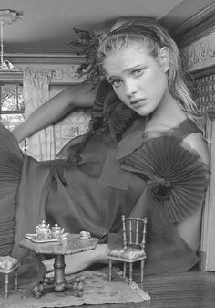 "Natalia Vodianova stars as Alice in the fairytale editorial 'Alice In Wonderland' shot by Annie Leibovitz and styled by Grace Coddington for Vogue US December 2003 ""How was Alice to know the innocent."