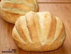 Pain Brié | Gastronomía & Cía Mexican Bread, Bread Shop, Pan Dulce, Pan Bread, Bread And Pastries, Best Dishes, Artisan Bread, I Foods, Muffins
