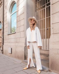 Stunning Oversized V-Neck Scuba Sweatshirt Teamed With Split Leg Silk Trousers And Pointed Toe Flat PumpsPlus White Fedora Tumblr Style Outfit Ideas