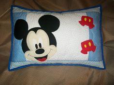 Almofada patchwork Mickey