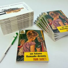 Libros fresados personalizados de bolsillo para Francisco Caudet.