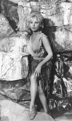 "The Cage Beautiful ""Star Trek"" woman. Star Trek 1966, Star Trek Tv, Star Wars, Star Trek Original Series, Star Trek Series, Susan Oliver, Star Trek Generations, Star Trek Captains, Star Trek Characters"