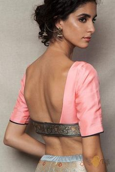 Saree Styles, Blouse Styles, Lengha Blouse Designs, Indian Gowns Dresses, Stylish Blouse Design, Saree Models, Shades Of Peach, Stylish Sarees, Indian Blouse