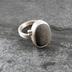 Plage Pebble & Silver Ring - pierre naturelle, artisan, unique, rustique, brossé, mat, CORNART - Boulder II